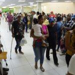 Médicos paralizan sus labores en dos grandes hospitales de SD y Santiago