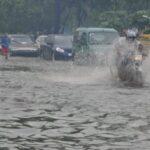Hombre muere arrastrado por un río; COE mantiene 13 provincias en alerta