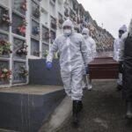 COLOMBIA: 100 mil muertos y sin luz al final del túnel en tercera ola covid
